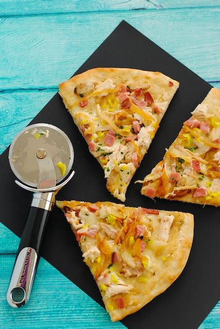 Wich Of The Week Grilled Gruyere With Braised Leeks by Ham Caramelized Gruyere Pizza Recipe Dishmaps