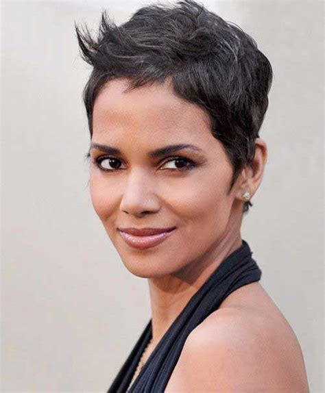 how to style a pixie cut like halle berry 20 pixie cuts halle berry pixie cut 2015