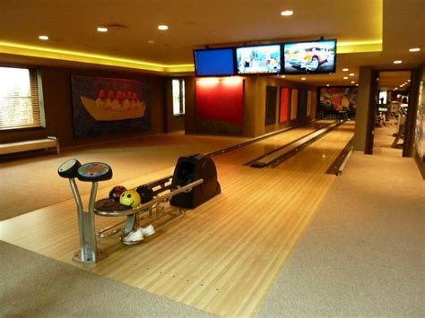 Garage Bowling Alley 96 Best Home Bowling Alley Images On