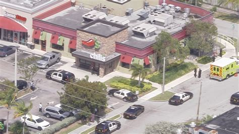 Chili S Miami Gardens by Employee Fatally At Chili S In Miami Gardens