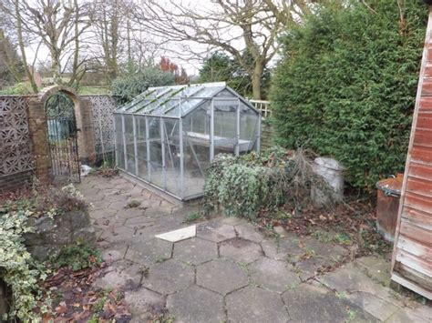 why would you put your house in a trust why you should tidy the garden before you put your house up for sale