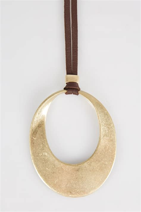 Circles Responsive Menu gold cut out circle pendant necklace