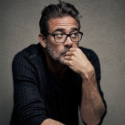 picture of jeffrey dean morgan