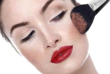 tutorial make up untuk wajah bulat tutorial make up untuk wajah persegi agar terlihat lebih