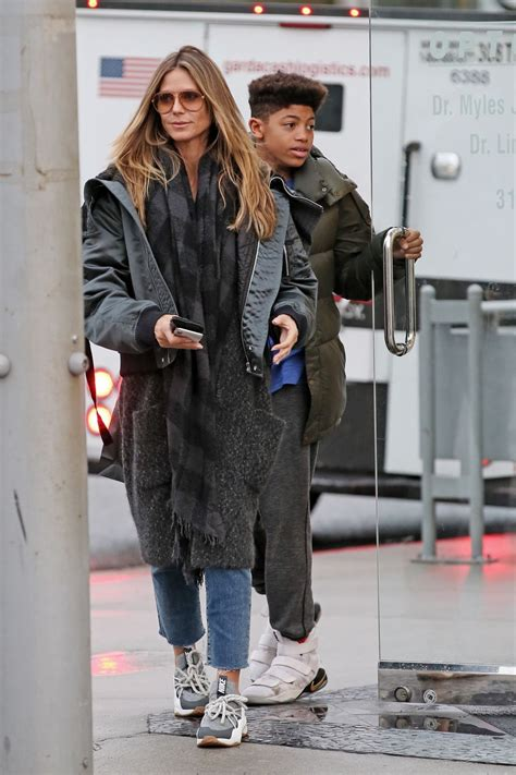 Heidi Goes Ring Shopping by Heidi Klum Goes Shopping For Glasses With Oldest