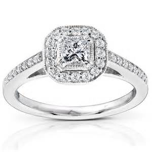 Carat princess halo diamond engagement ring in 14k white gold