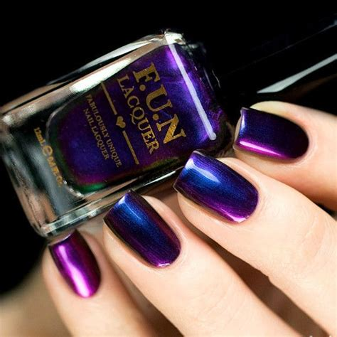 nail colour for new year 25 best ideas about metallic nails on chrome