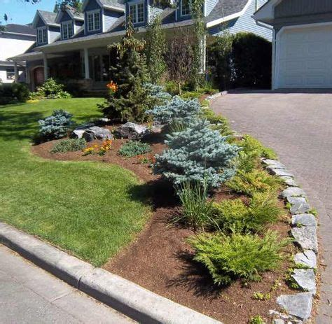 Landscape Edging Next To Sidewalk 25 Best Ideas About Driveway Landscaping On