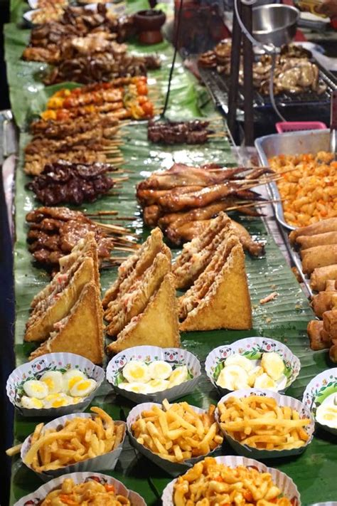 Kaos Chiang Mai Thailand chiang mai sunday market pergidulu