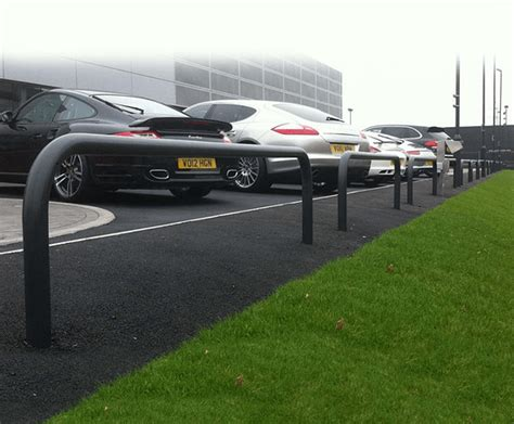 solihull porsche hooped perimeter barriers porsche showroom solihull