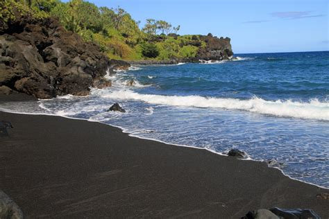 black sand beaches black sand beach 171 art is life is art susan reep photo art