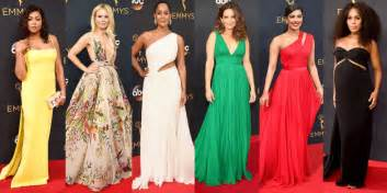 Tom Green Desk Some Of The Hottest Looks From Emmys This Year Samaa Tv