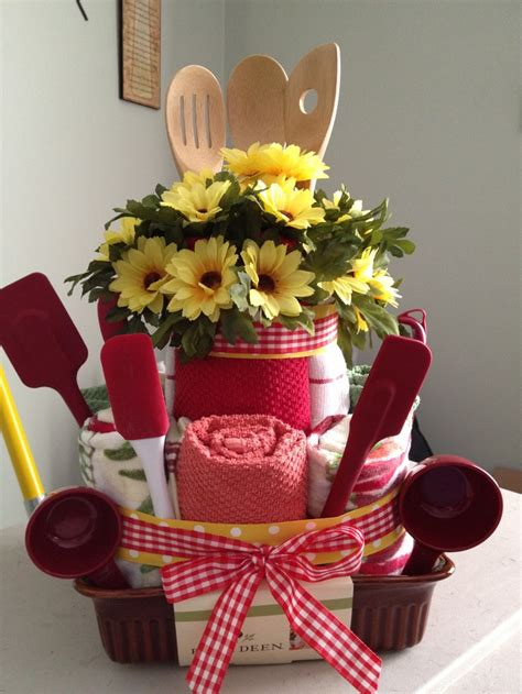 kitchen tea gift ideas for guests kitchen towel cake for bridal shower gifts pinterest