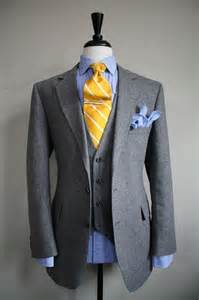 what color shirt with grey suit what colour pocket square goes best with a grey suit and