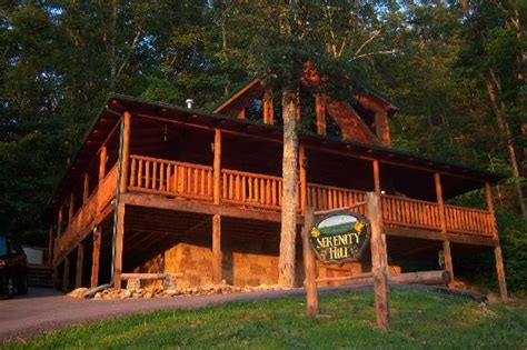 the great smoky mountains with cabin fever vacations