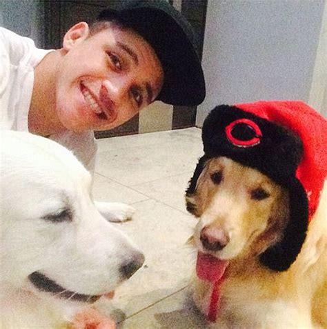 alexis sanchez instagram alexis sanchez enjoys a dog s life as arsenal star