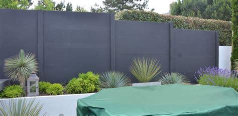 Peindre Un Mur Exterieur 4987 by Cl 244 Ture Jardin Plaques De B 233 Ton Peintes En Gris Anthracite