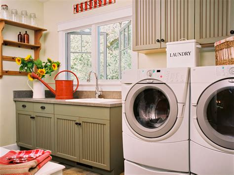 Country Laundry Room Decor Tips For Organizing Laundry Rooms Easy Ideas For Organizing And Cleaning Your Home Hgtv