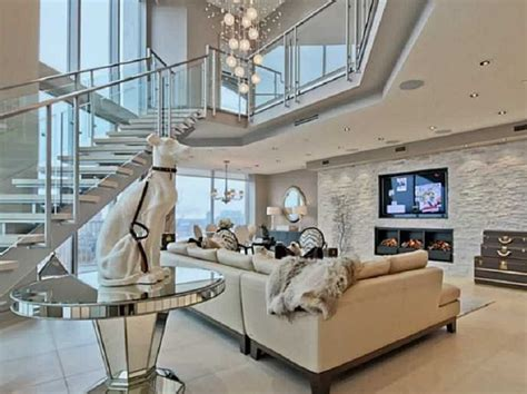 10 of the most expensive rental homes in right now