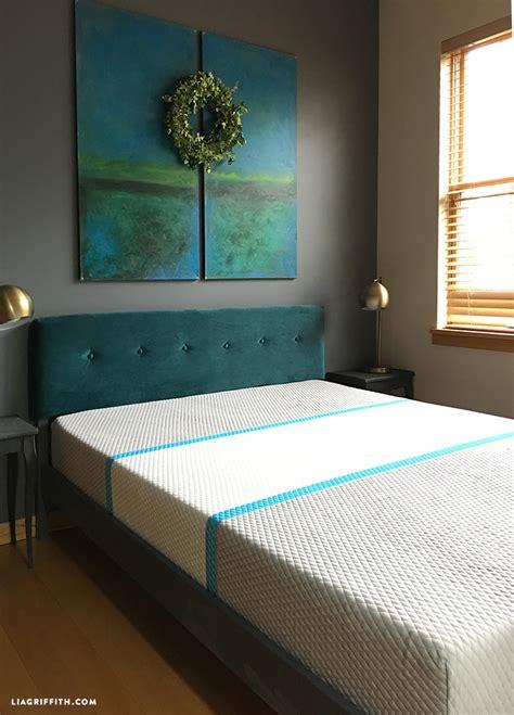 diy velvet headboard photo tutorial diy home decor