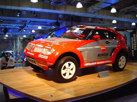 jeep rally car mitsubishi montero rally car trucks jeeps and suvs