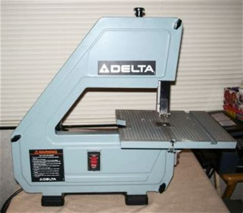 Photo 158850229 Delta 10 Bench Top Band Saw Model 28 160