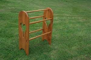 oak amish made quilt rack with cut outs quality