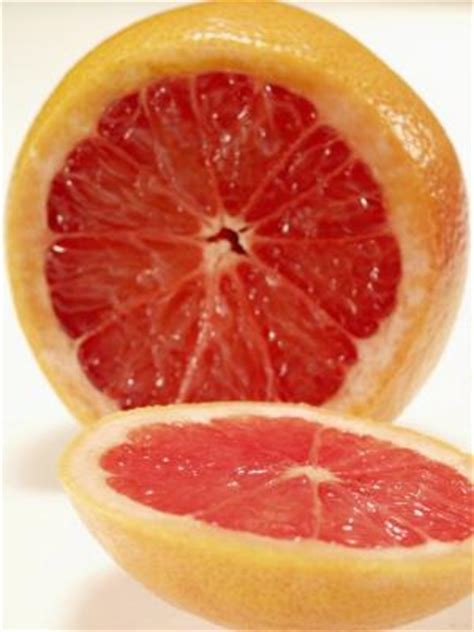 carbohydrates grapefruit does grapefruit raise your blood sugar healthy