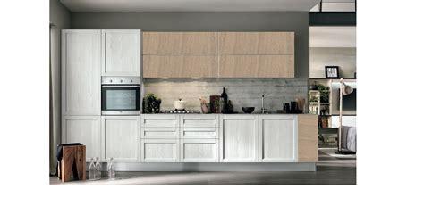 white in cucina moderna vintage lineare ante legno essenza rovere chiaro e white in offerta