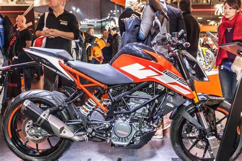 125 Motorrad Bilder by Ktm 125 250 Duke 2017 Motorrad Fotos Motorrad Bilder