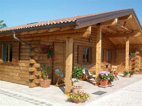 in tronchi di legno prezzi prefabbricate in tronchi di legno design casa