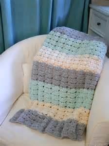 easy crochet shell stitch blanket pattern