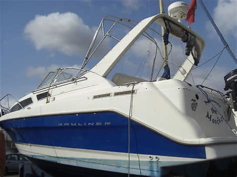 Speed Boat With Cabin For Sale by Bayliner 2855 Boat Speed Cabin 6 300hp Mercruiser Boats