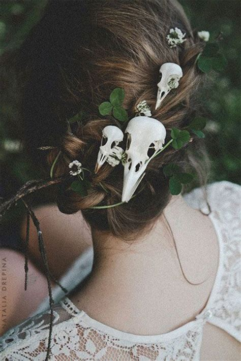 skulls that belinda peregrin wears in hair 25 crazy scary cool halloween hairstyle ideas for kids