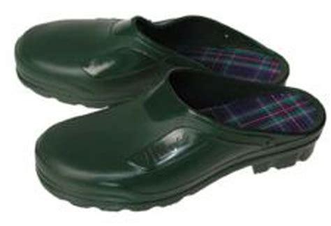 Gardening Clogs by Garden Clogs Comfort Fit Garden Footwear And Gloves