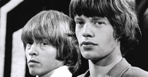 has the riddle of rolling stone brian joness death been brian jones leaves rolling stones rolling stone
