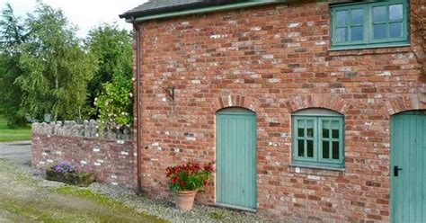 Cottages To Rent New Years by 11 Cosy Cottages You Can Still Rent For New Year S