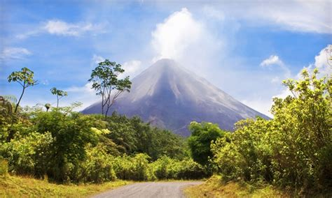 night costa rica vacation  airfare  la fortuna