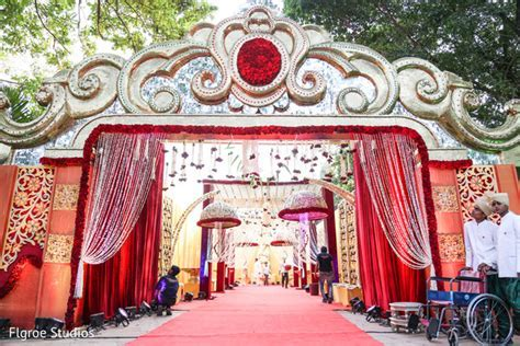 Floral & Decor in Mumbai Indian Wedding by Flgroe Studios