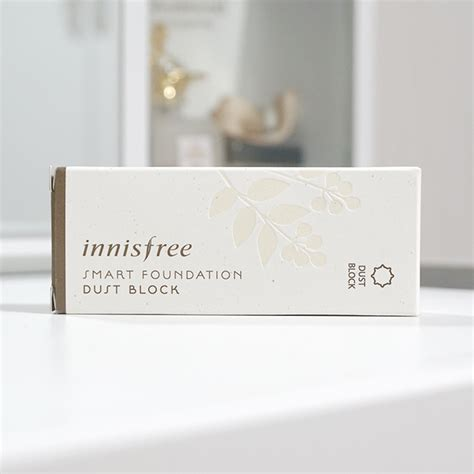Smart Foundation Dust Block 23 True Beige innisfree smart foundation dust block spf35 pa review