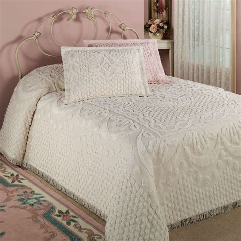 good quality sheets pretty warm vintage chenille bedding set atzine com