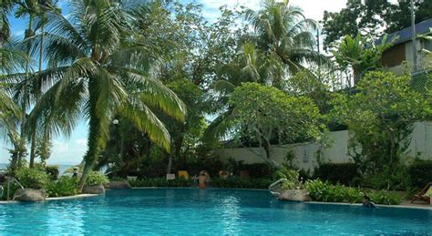 Family Room Hotel In Penang by Book Rainbow Paradise Beach Resort Penang Hotel Deals