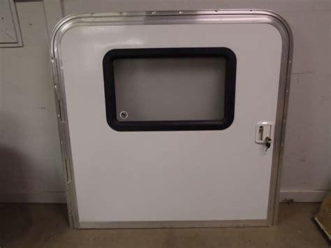 Rv Exterior Doors New Rv 43 X 43 Locking Entry Entrance Door Cargo Cer Trailer Teardrop 43x43 Ebay