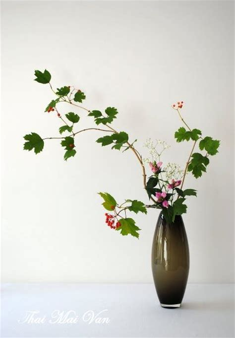 flower arrangement styles 1000 images about ikebana nageire styles modern on