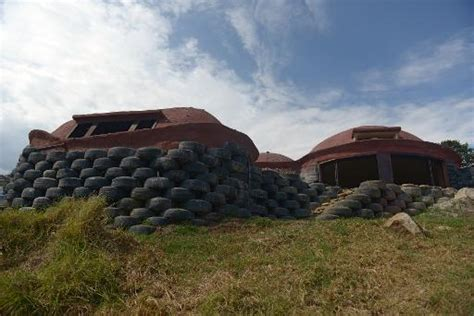 house of tires colombia transforms old tires into green housing
