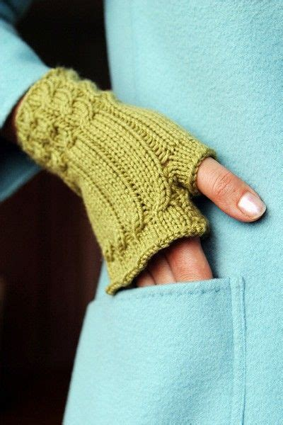 knitting patterns for fingerless gloves with mitten cover mes favoris tricot crochet mod 232 le tricot gratuit
