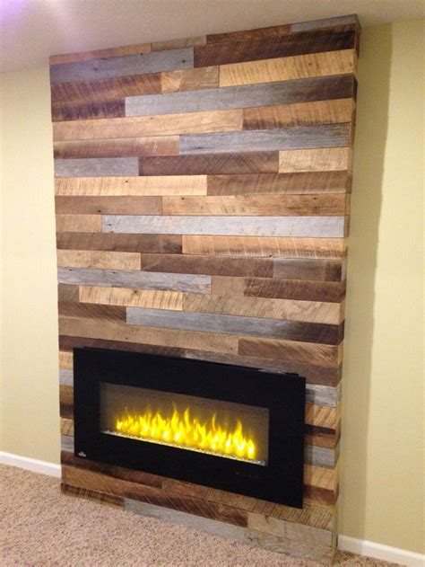 Feuerstelle Mauern by Using Reclaimed Wood And Pallets With A Modern Electric