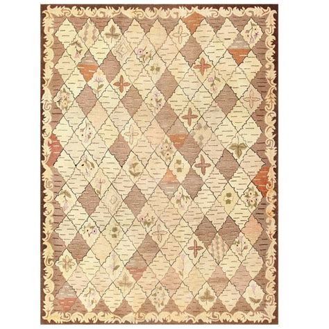 Antique American Rugs by Trellis Design Antique American Hooked Rug For Sale At 1stdibs