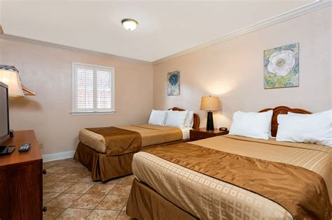 2 bedroom suites in new orleans french quarter two bedroom deluxe french quarter suites hotel