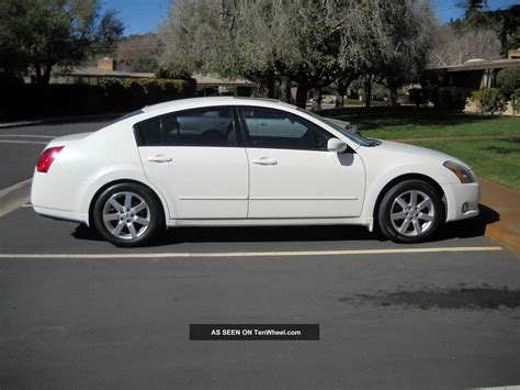new nissan maxima white 2013 nissan maxima tinted windows